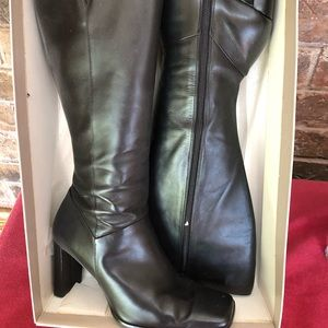 Anne Klein leather boots high quality 6M